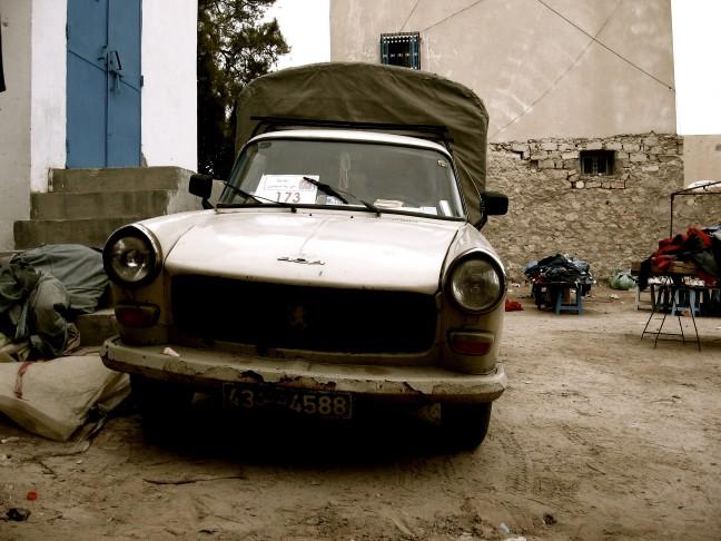 Peugeot 404 at Market
