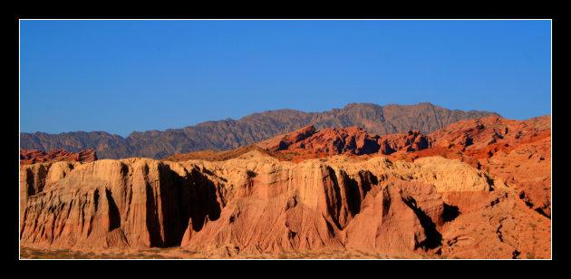 4 kleuren bergen