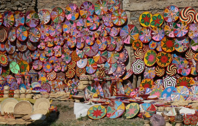 kleurrijke mandjes
