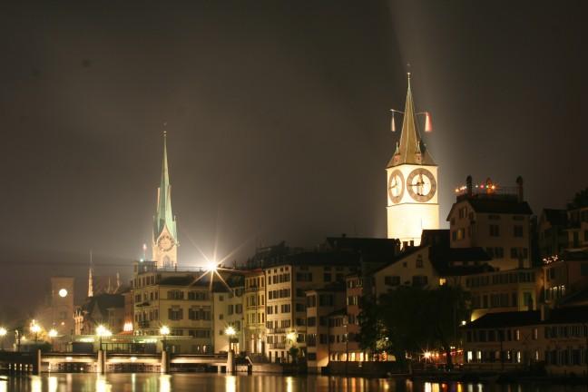 Zurich bij nacht