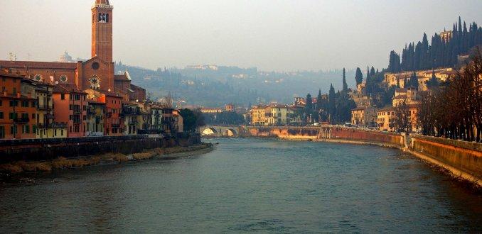 Zonsondergang over Verona