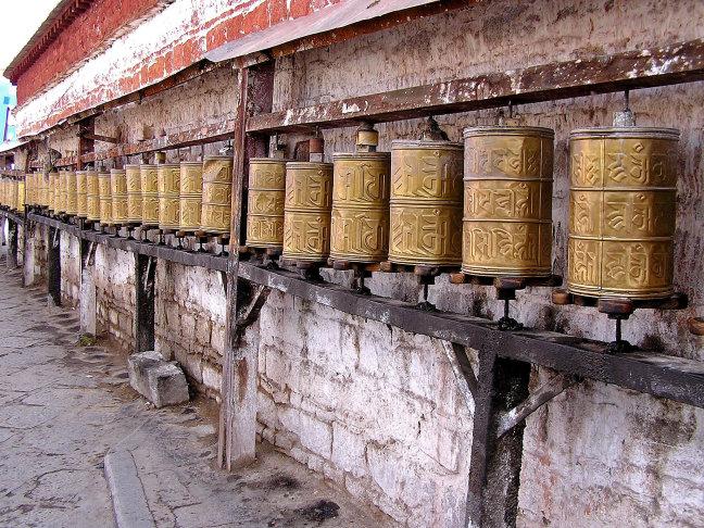 rij gebedsmolens