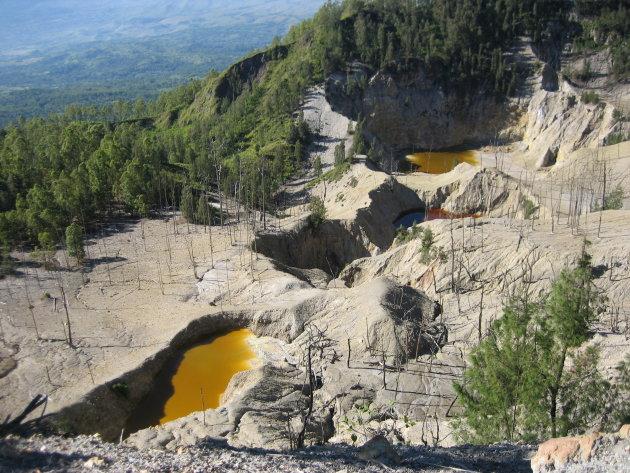 zowaar een stuk maanlandschap door vulkanische aktiviteit