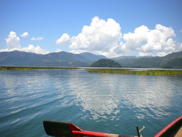 Roeien op Lago de Yojoa