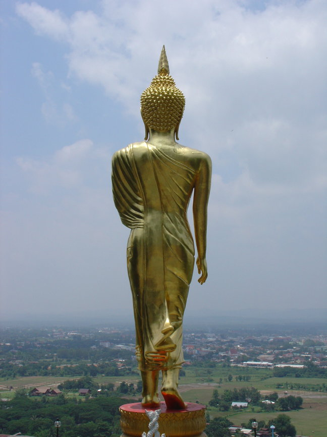 Boeddha met helicopterview
