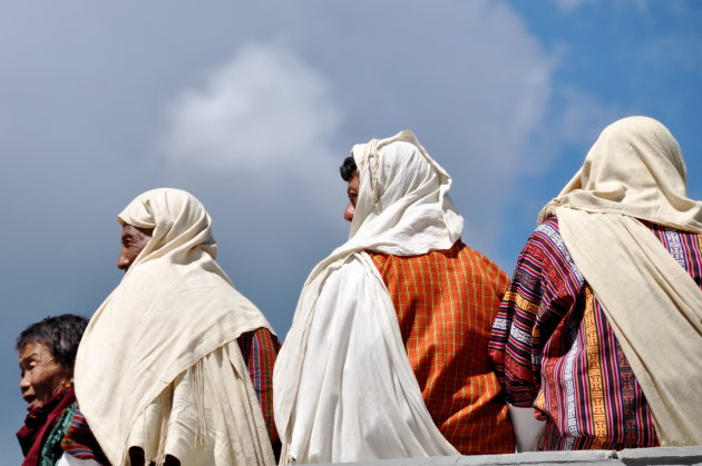 witte shawls
