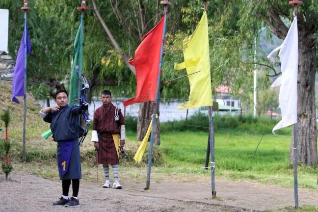 Bhutaanse nationale sport: Boogschieten!