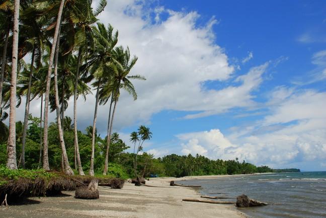 Pantai Hatusua