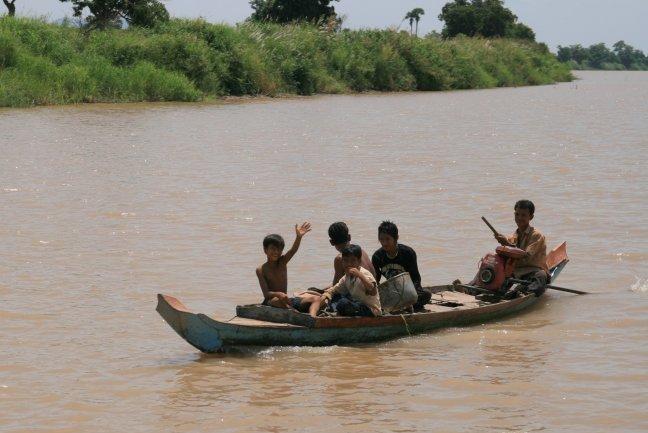 bootje op de rivier