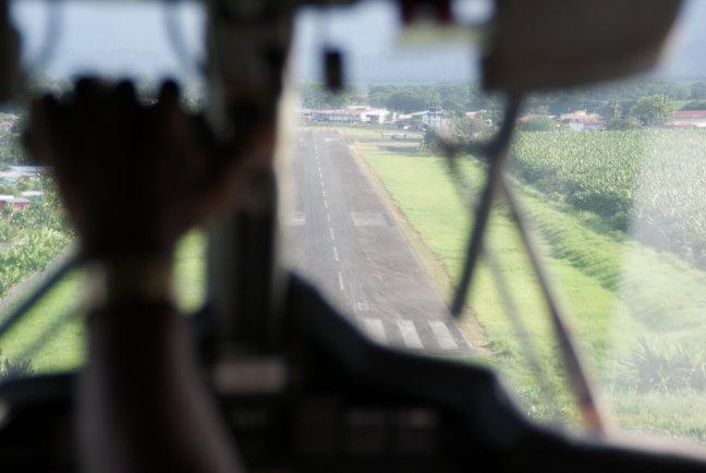 landing Bocas del Toro