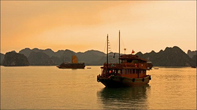 Sunset Halong Bay