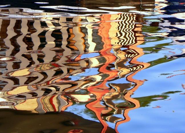 Water in zijn kleurrijkste vorm: weerspiegelingen in Victoria