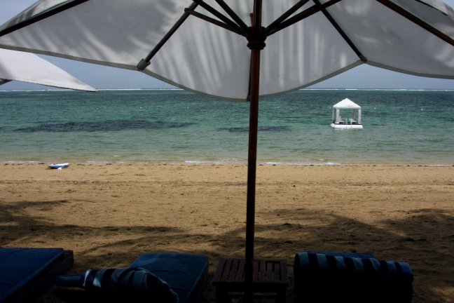 UItzicht vanaf strand Sanur