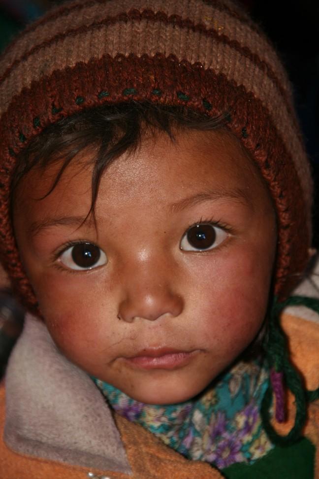 kind nabij Rangdum monastery.