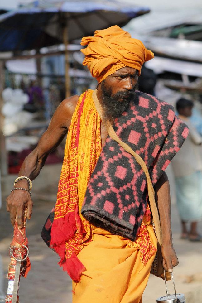 Sadhu aan de ghats