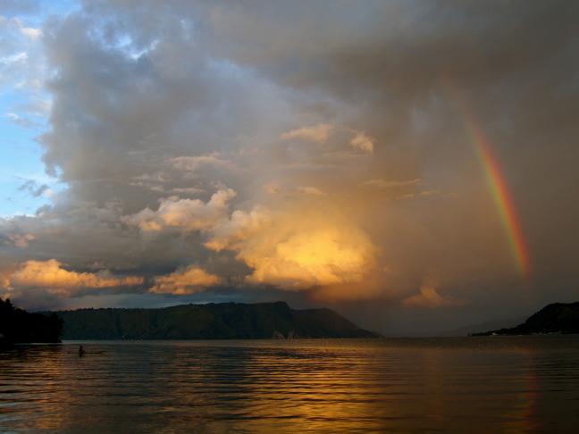 Danau Toba Rainbow