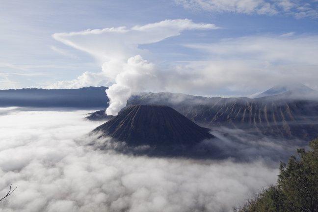 bromo vulkaan in het ochtendlicht