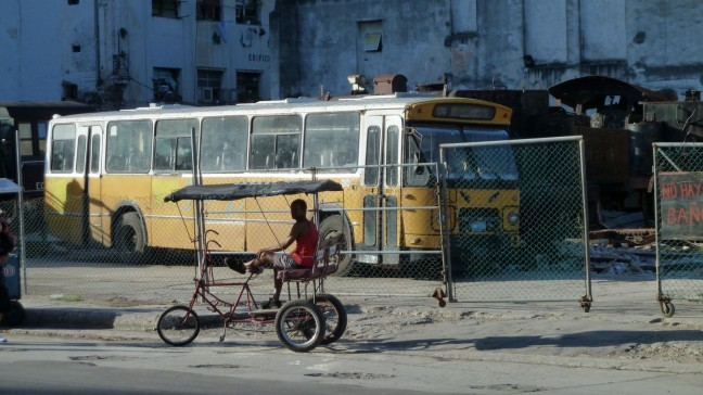 Hollandse bus in Havana