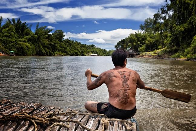 Bamboo rafting op de River Kwai