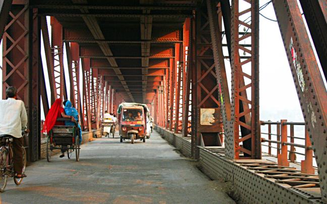 Over de brug .....