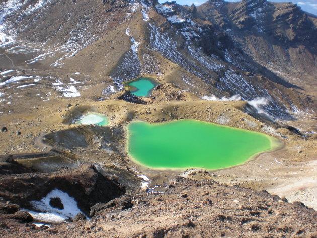 Uitzicht over Emerald Lakes