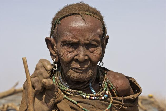 oude Dassanech vrouw
