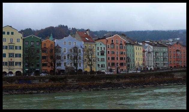 Kleuren langs de Inn