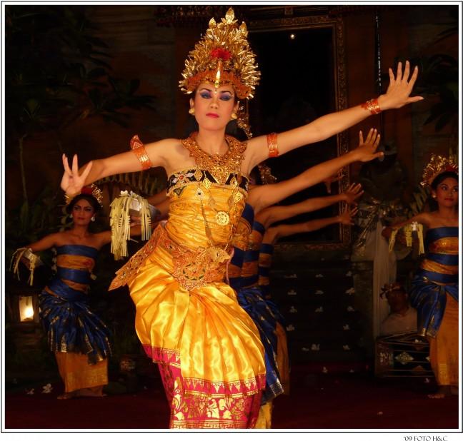 hemelse dans door goddelijke nimfen