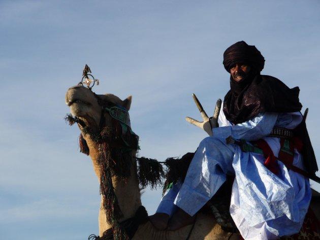 Touareg met kameel