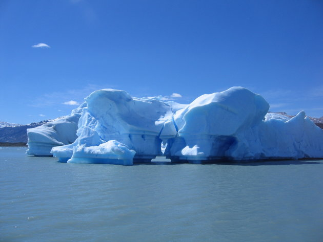 IJsbergje op het Lago Argentino