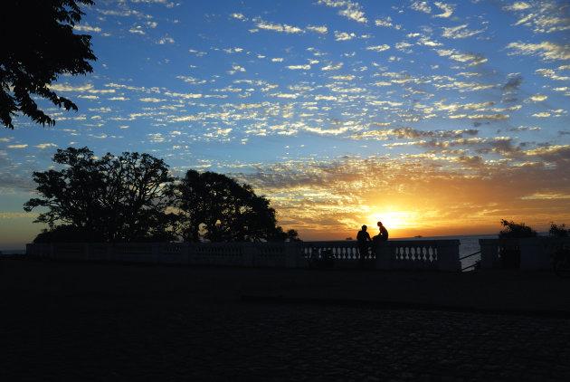 Romantische zonsondergang in Colonia del Sacramento