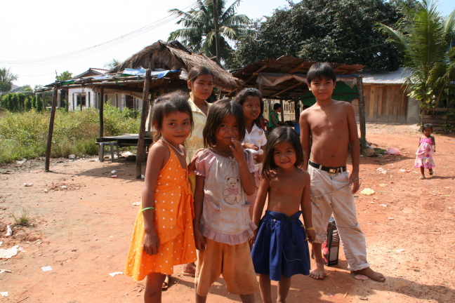 Kinderen bij Sihanoukville