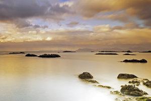 Mystiek avondlicht bij Stø, Vesteraelen, Noorwegen