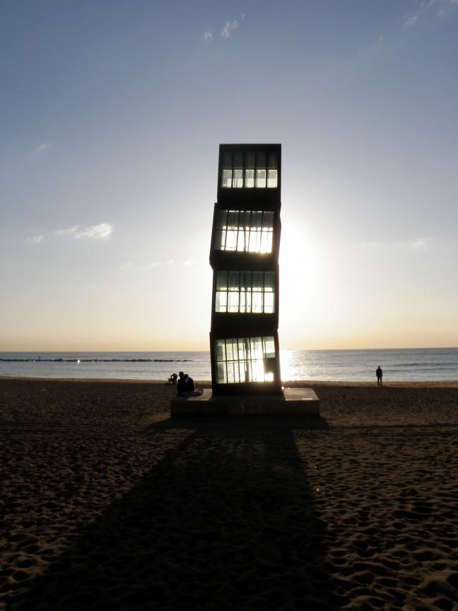 Ochtendgloren op het strand van Barcelona