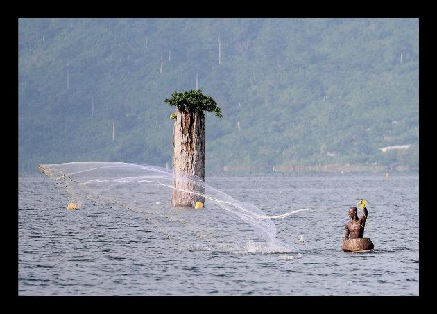 Visser in Lake Bosumtwi