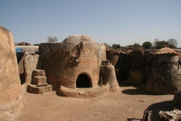 Hut van de oudste vrouw in Tongo