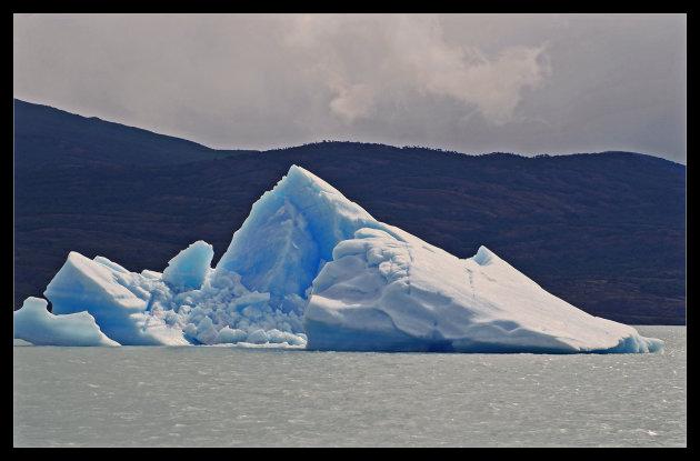 Afbrokkelend ijs