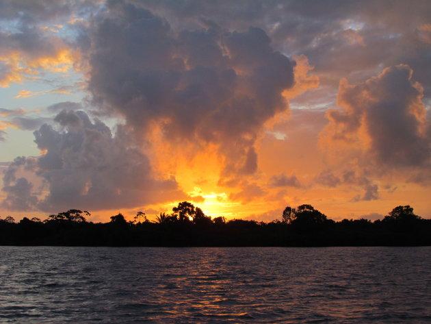 Zonsopgang Pearl Lagoon