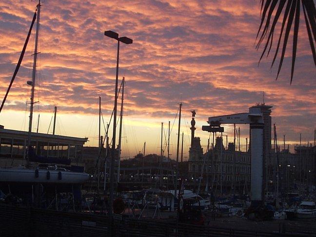 Zonsondergang in Haven Barcelona