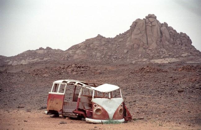 Achtergelaten Volkswagenbusje
