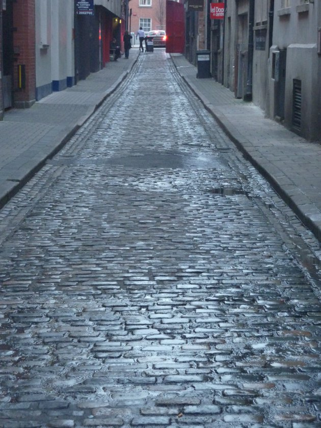 straatje in donker regenachtig Dublin