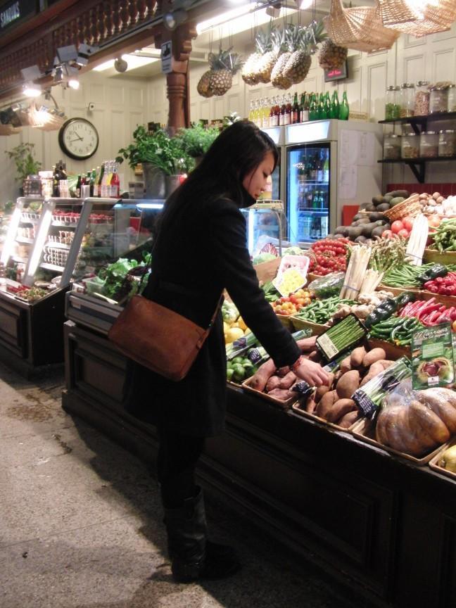 overdekte markt (Saluhall in Ostermalm) in Stockholm