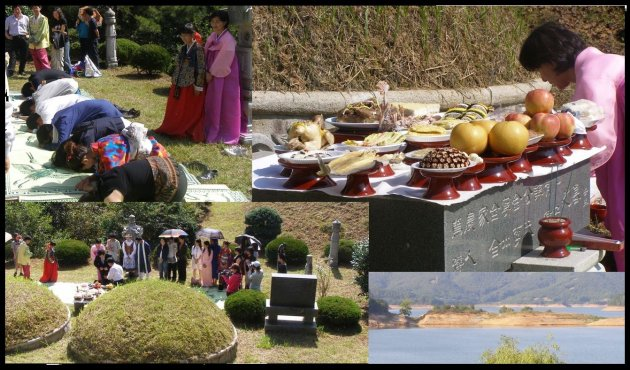 Worshiping at the grave of Prof. Kim's parents