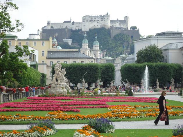 Uitzicht vanaf Mirabell Garden over Salzburg Dom & Hohensalzburg