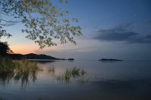 Zonsondergang Isla Solentiname - meer van Nicaragua