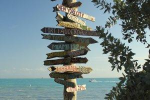 Unieke wegwijzer in Key West