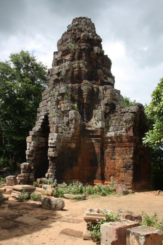 Trappen beklimmen bij Phmon Banan