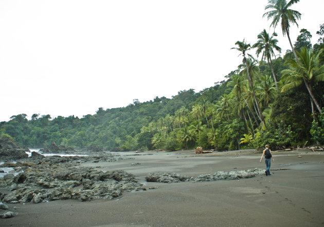 Robinson Crusoe op de stranden van Bahia Solano