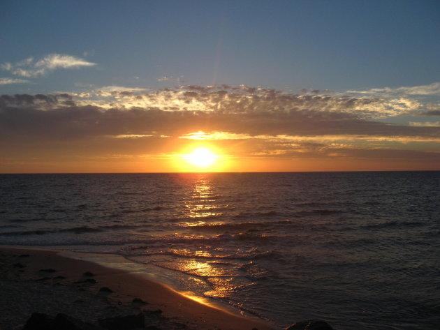 Zonsondergang bij Adelaide
