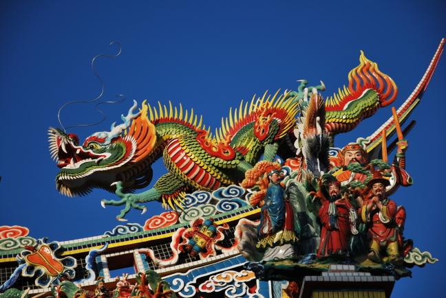 Kleurrijke tempelversiering